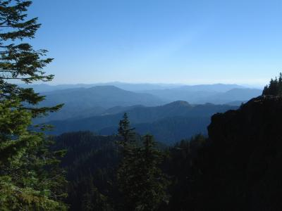 Looking SW, Trinity Alps in distance